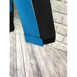Modrá outdorová bunda
